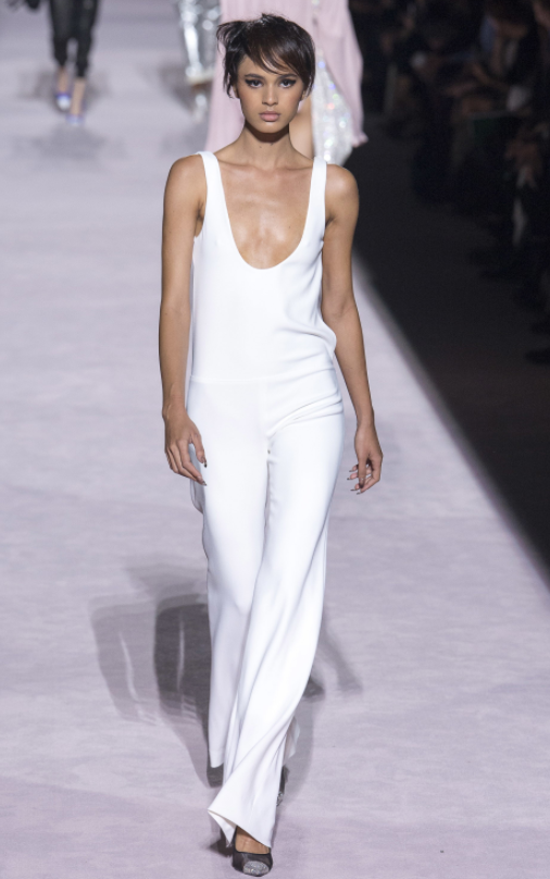 Tom-Ford-Spring-Summer-2018-Ready-to-wear-on-the-Runway-Regime-post-labor-day-must-have